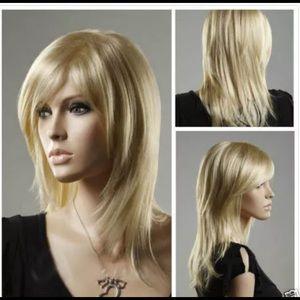 New blonde wig